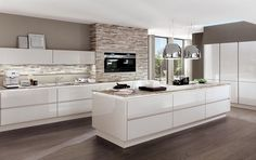 Luxury Kitchens in NYC by German Kitchen Center. Our expert kitchen designers will bring your dream kitchen to reality, with stunning results. Nobilia Kitchen, Kitchen Living, Kitchen Interior, Kitchen Decor, Gloss Kitchen, Kitchen Cabinets, Kitchen Island, Kitchen Ideas, Kitchen Rustic