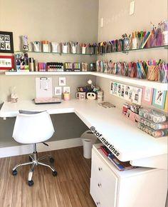 Cute Bedroom Decor, Bedroom Decor For Teen Girls, Room Design Bedroom, Girl Bedroom Designs, Room Ideas Bedroom, Home Room Design, Home Office Design, Study Room Decor, Aesthetic Rooms