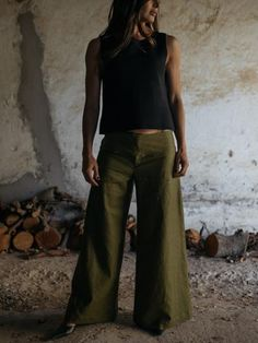 Collection is a proudly South African fashion label established in 2014 in Stellenbosch by local designers and stylists Lisa Carinus and Gitte Muller. South African Fashion, Linen Pants, Fashion Labels, Bell Bottom Jeans, Stylists, Collection, Design, Linen Trousers, Design Comics