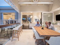 New Hampton house extension at Hawthorne / Brisbane. Renovation to existing early 1900 Queenslander house. Hamptons Style Homes, Hamptons House, The Hamptons, Backyard Furniture, Backyard Projects, Backyard Ideas, Furniture Ideas, Garden Ideas, Outdoor Rooms