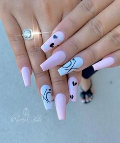 Acrylic Nail polish, latest acrylic nails, nails for weddings #AcrylicNailsStiletto