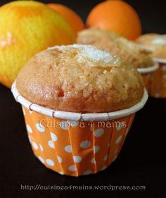 Magdalenas à l'orange ( Madeleines espagnoles) Cupcakes, Flan, Biscuits, Orange, Dessert Recipes, Favorite Recipes, Breakfast, Grisaille, Samar