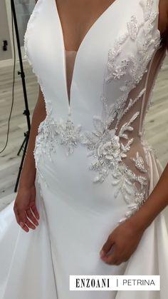 Fancy Wedding Dresses, Elegant Wedding Dress, Bridal Dresses, Prom Dresses, Diamond Wedding Dress, Couture Wedding Gowns, Pretty Dresses, Beautiful Dresses, Classy Dress