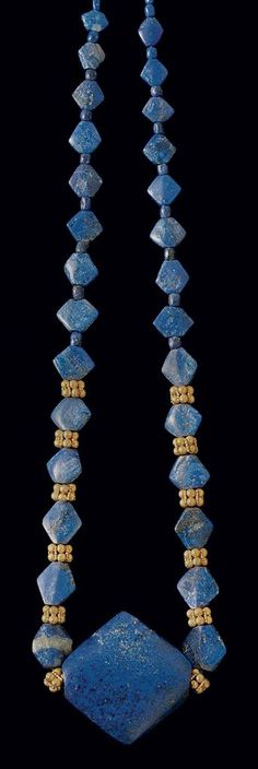 Lapis lazuli bead necklace. Bactrian, c. late 3rd - early 2nd millennium B.C. | Christie's