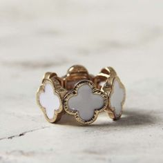 #Spool No.72              #ring                     #White #Clover #Ring #Sweet #Bohemian #Jewelry      White Clover Ring , Sweet Bohemian Jewelry                                    http://www.seapai.com/product.aspx?PID=1809332