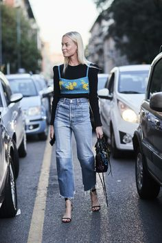 Milan Fashion Week Street Style Spring 2018 Day 2 Cont.