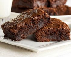 These fudgy brownies are simple to make and will have everyone coming back for seconds. For the best results, we suggest using Lindt unsweetened chocolate. Click here to see What is the Best Baking Chocolate