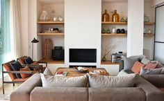 House Tour: A Natural & Neutral Barcelona Home | Apartment Therapy