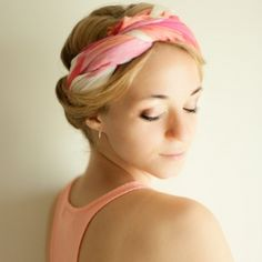 Check out four different solutions to fix any bad hair day you might ever come across, using one square scarf.