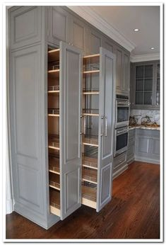 Cute Home Decor kitchen pullout cabinets.Cute Home Decor kitchen pullout cabinets Home Kitchens, Kitchen Remodel Small, Kitchen Design, Kitchen Cabinet Design, Kitchen Pullout, Modern Kitchen, Home Decor Kitchen, Kitchen Interior, Pantry Design