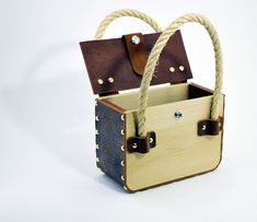 Leather Tooling, Leather Bag, Wooden Bag, Leather Projects, Wooden Crafts, Cute Bags, Leather Craft, Bag Making, Bucket Bag