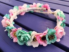 Corona de flores Bridal Flowers, Felt Flowers, Diy Flowers, Fabric Flowers, Paper Flowers, Baby Flower Crown, Flower Crowns, Shabby Chic Pink, Diy Hair Accessories