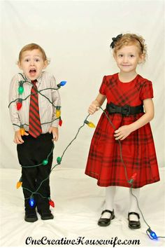 38 Ideas Funny Christmas Pictures Siblings Awesome For 2019 Sibling Christmas Pictures, Family Christmas Pictures, Christmas Portraits, Family Christmas Cards, Holiday Pictures, Christmas Photos, Christmas Humor, Christmas Fun, Family Pics