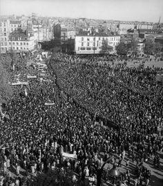 1er mai 1949 à la Bastille |¤ Robert Doisneau | 2 mai 2015 | Atelier Robert Doisneau | Site officiel