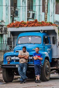 Camión con zanahoria  - La Habana, Cuba