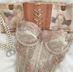 Corset Outfit, Pretty Lingerie, Lingerie Sleepwear, Aesthetic Clothes, Cute Outfits, Style Inspiration, Fashion Outfits, My Style, Art Vintage