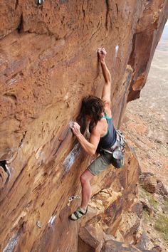 can't wait to climb my first route and not be at an indoor rock wall. Climbing Girl, Sport Climbing, Ice Climbing, Mountain Climbing, Climbing Holds, Mountain Biking, Outdoor Yoga, Outdoor Fun, Rock Climbing Training