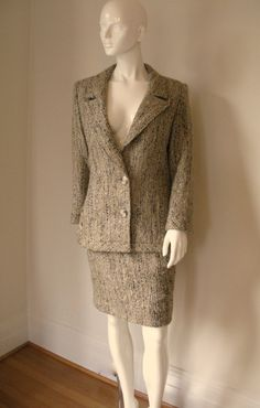 Vintage 1980s Valentino Boutique Tweed Skirt Suit by FioreAtelier