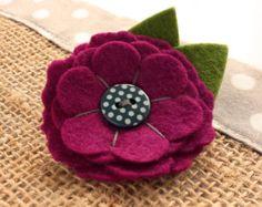 Feltro fiore spilla Pin - 'MINNIE' in Magenta