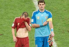 Chile elimina a España y Casillas y Iniesra lobsufren mundial de Brasil 2014