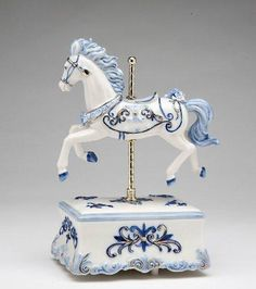 porcelain figurines collectibles | ... Fine Porcelain Carousel Horse Musical Figurine, | Pet Collectibles