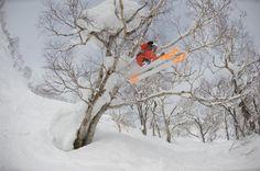Roman Rohrmoser sending it in the Hokkaido Backcountry #Japan #flowstate #skiin