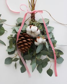 Christmas Decor Ideas : DIY Holiday Bouquet Garland With Flower Factory Noel Christmas, Winter Christmas, Country Christmas, Christmas Crafts, Christmas Decorations, Xmas, Christmas Ornaments, Holiday Decor, Flower Factory