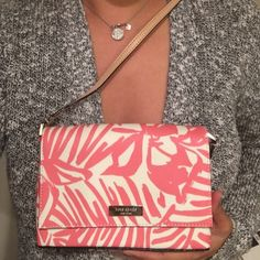 Kate Spade New York Crossbody, Peony Distract yourself from winter and gear up for summer & spring with this adorable, playful purse. Comes with Care Card and Silica Gel to maintain great condition. Worn once for a wedding.  kate spade Bags Crossbody Bags