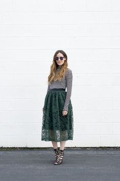 DIY 15 Minute Lace Skirt Tutorial