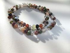 joli bracelet en perles semi-précieuses