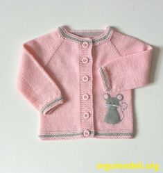 Light pink baby girl jacket with mice knit merino by Tuttolv Mouse baby set knit baby set with mice pink and grey baby outfit MADE TO ORDER, availablDifferent out there shade mixture on request Merino, smooth wool mix wool acrylic) or cotton is each Baby Knitting Patterns, Baby Cardigan Knitting Pattern, Knitting For Kids, Baby Patterns, Free Knitting, Baby Set, Merino Pullover, Knitted Baby Outfits, Baby Girl Jackets
