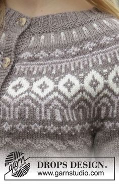 Knitted DROPS fitted jacket with round yoke, Nordic pattern and purl stitches, worked top down in Karisma. Size: S - XXXL. Free pattern by DROPS Design. Knitted Mittens Pattern, Knitting Paterns, Fair Isle Knitting Patterns, Fair Isle Pattern, Knit Patterns, Free Knitting, Knitting Projects, Baby Knitting, Knitted Hats