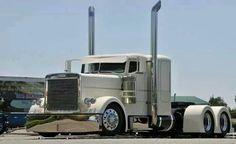 Cream Peterbilt