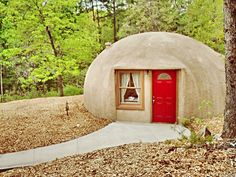 I was introduced to a different kind of travel site today that hit a chord after dreaming of Joni Mitchell's hippie cave home from yesterday's post...  Ho