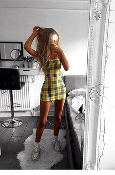Trend Alert: Schackklänning - Dammode - Lilly is Love Cute Summer Outfits, Cute Casual Outfits, Pretty Outfits, Stylish Outfits, Spring Outfits, Cute Outfits With Skirts, Mini Skirt Outfits, Outfit Ideas Summer, Cute Party Outfits