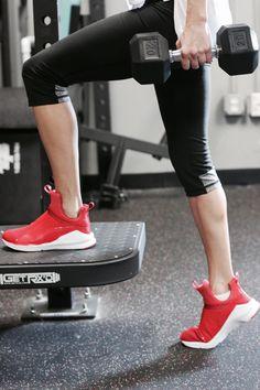 f8badb20 Step up your gym style | PUMA Fierce Tenis, Zapatillas, Zapatillas Rojas,  Zapatillas