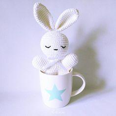 Feliz día!!! ☺☆ .. .  Shop: .................... ☆ artesesa.bigcartel.com☆ .................... .. #artesesa#crochet#amigurumi#amigurumis#babyroom#kidsdecor#niños#kidsroom#nordicdecor#bebés#baby#babyshower#nordicinterior#barnerom#nurserydecor#kinderzimmer#barnrumsinspo#babygirl#babytoy#instababy#babyfashion#deco#reciénnacido#decor#scandinavianstyle#niñosfelices#decoracioninfantil#taza#desayuno#estrella