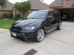 Love this front lip (BMW performance Aero Kit) Bmw Truck, Bmw Suv, Bmw Cars, Bmw X5 Sport, Bmw X5 E70, Bmw Performance, Luxury Cars, Dream Cars, Automobile