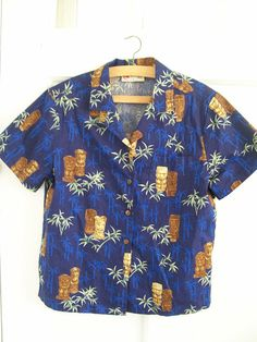 vintage womens hawaiian shirt hilo hatties by RecycleBuyVintage, $35.00