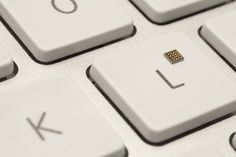An interesting one in light of our Tom Cheesewright sessions - the world's smallest micro-controller chip has been built, and could end up inside humans