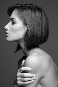 Chic Angled Bob Haircuts You Will Love - Hairstyle Zone X