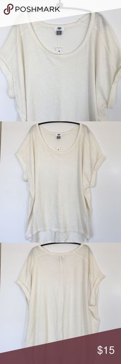 """NWT Old Navy Top NWT Old Navy Top in cream color. 60% cotton and 40% polyester. Never worn and no stains or pilling or tears. Measures 29"""" across from armpit to armpit and 28 1/2"""" long. Please ask questions and use the bundle offer to get a discount on a bundle! Old Navy Tops"""