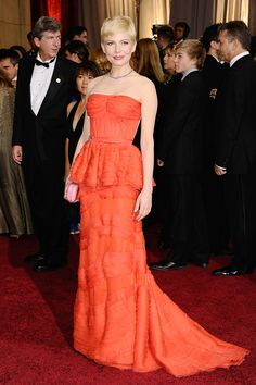 Michelle Williams-This pic shows the color of this dress great, on TV the dress looked more red..she looks stunning