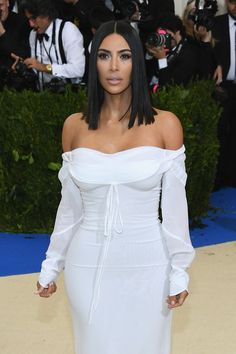 """Kim Kardashian Photos Photos - Kim Kardashian West  attends the """"Rei Kawakubo/Comme des Garcons: Art Of The In-Between"""" Costume Institute Gala at Metropolitan Museum of Art on May 1, 2017 in New York City. - """"Rei Kawakubo/Comme des Garcons: Art of the In-Between"""" Costume Institute Gala - Arrivals"""