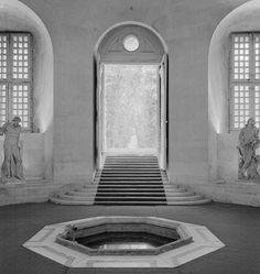 Vasca da bagno di Luigi XIV, interno dell'Orangerìe, Versailles.