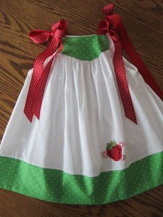 Strawberry Party :: dress