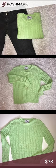 "🎈SALE 🎈Lily Pulitzer Cable Knit Sweater Beautiful, Pre-Owned Women's Lilly Pulitzer Sweater  •	Size Small  •.     Pretty Solid Green  •	Long Sleeves  •	Heavy, Cable Knit 100% Cotton Material  Measurements   (Measured laying flat across and not stretched)    Chest = 20""  Shoulder to hem = 23""   ❌ Trades; Offers Welcomed. ❌🐶🐱🚭 Lilly Pulitzer Tops"