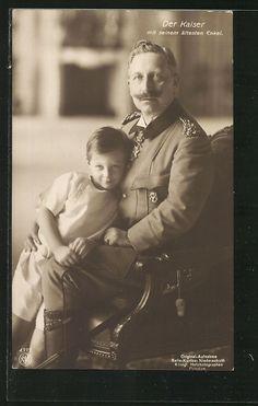 Kaiser Wilhelm II. von Preußen mit seinem ältesten Enkel |