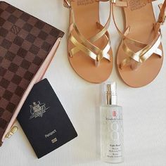 Hydrate your skin with Elizabeth Arden's Eight Hour Miracle Hydrating Mist rich in vitamins and antioxidants. Buy online from Australian stockist Kiana Beauty. Eight, Travel Essentials, Passport, Free Delivery, Mists, Melbourne, Dinner, Sandals, Beauty