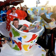 Littlefinger in a teacup! … Aidan Gillen helped launch the 2014 Féile na Bealtaine Music & Arts Festival, Dingle Peninsula, Co Kerry, Ireland. Petyr Baelish, Aidan Gillen, Queer As Folk, Art Festival, Fangirl, Ireland, Daddy, Product Launch, Teacup